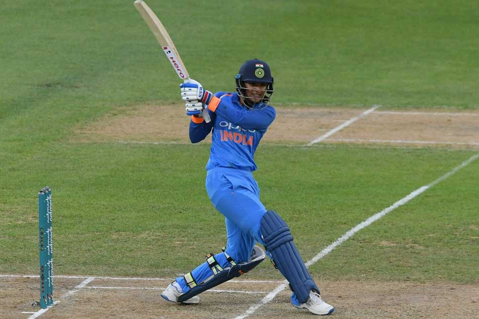 1st T20 at Wellington: India need 160 runs to win the match!