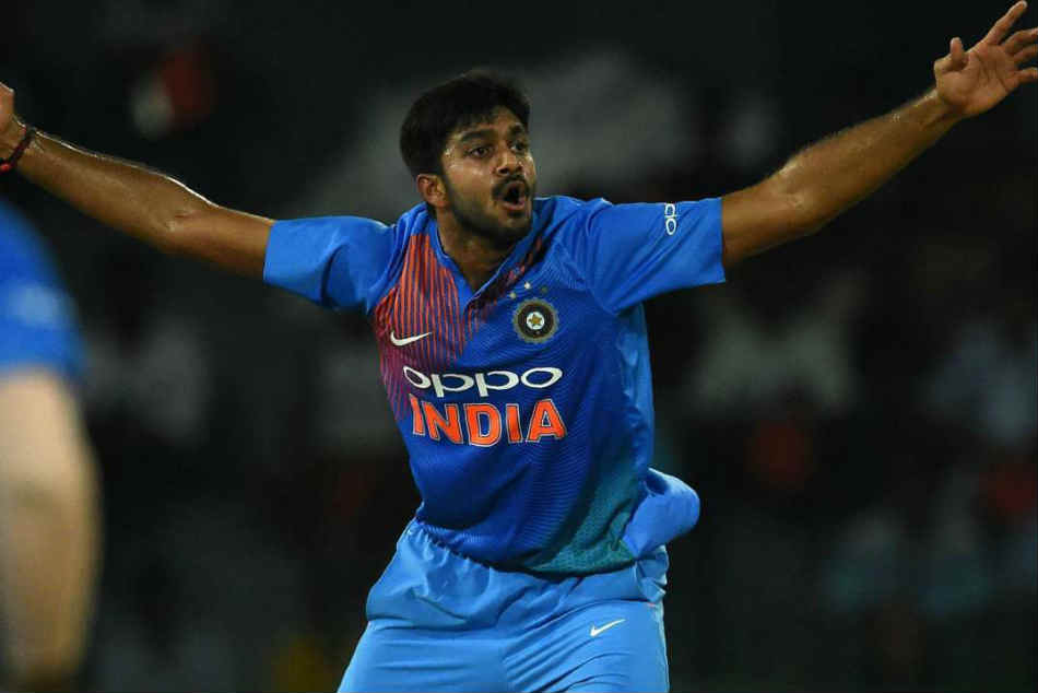 Vijay Shankar S Final Over Act Wins Hearts On Twitter