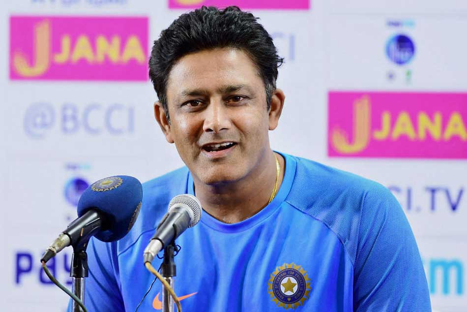 After Australia debacle, Anil Kumble names India's number four