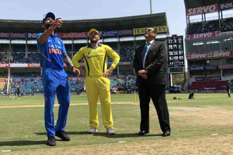 India Vs Australia 2nd Odi Live Cricket Score Australia Win Toss Opt To Bowl