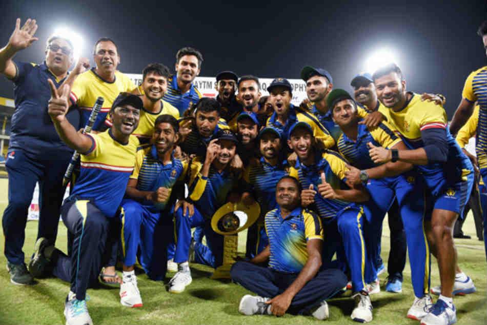 Syed Mushtaq Ali Trophy Bowlers Mayank Agarwal Help Karnataka Thrash Maharashtra By 8 Wickets