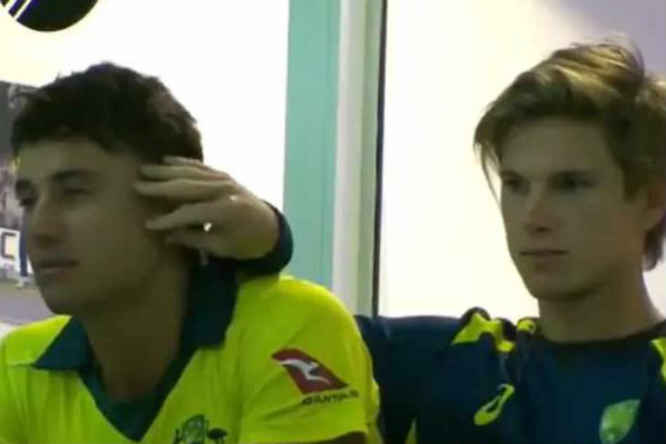 Marcus Stoinis Adam Zampa S Pda Is Breaking The Internet Watch