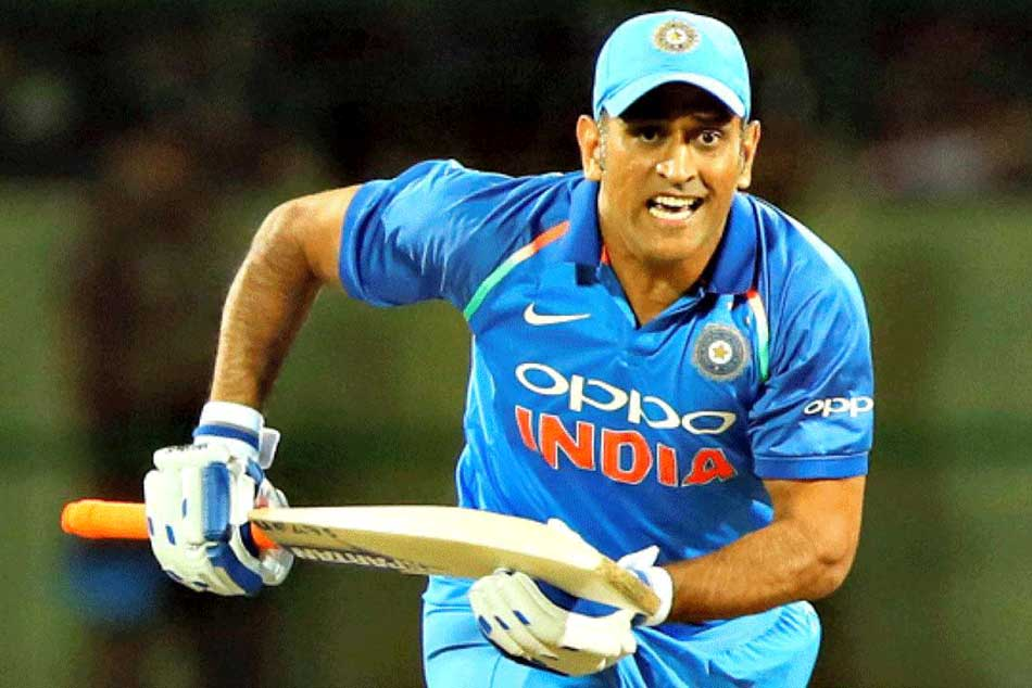 Not Ms Dhoni Sanjay Manjrekar Backs This Player Crucial No 4 Spot In Icc World Cup