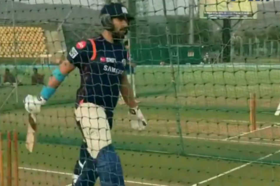 Dhaaga Khol Diye Mumbai Indians Describe New Recruit Yuvraj Singh Batting In Nets Ahead Of Ipl