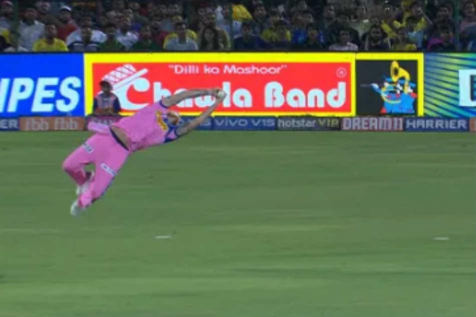 Rr Vs Csk Ben Stokes Takes Super Flying Catch To Dismiss Kedar Jadhav