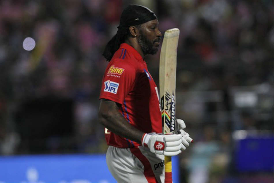 Ipl 2019 Kings Xi Punjab Openar Chris Gayle Suffers From Back Injury