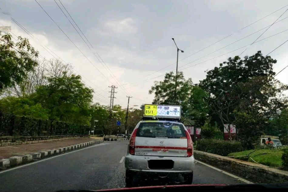 Hyderabad Taxi Displaying Live IPL Score on its Rooftop Has Impressed ICC