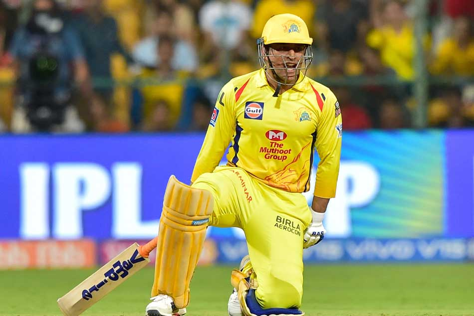 Bangalore Vs Chennai Ms Dhoni Scripts Twin Ipl Records After Epic Knock Against Rcb