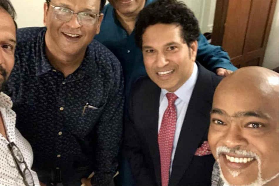 Sachin Tendulkar Trolls Vinod Kambli While Thanking Him For The Birthday