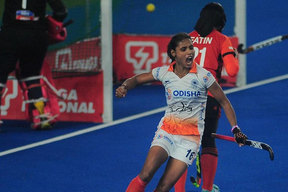 Vandana Brace Steers India To Comfortable 3 0 Win Over Malaysia