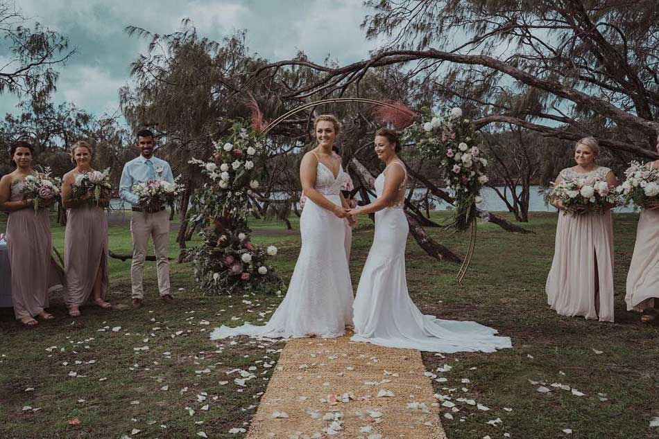 See Pic: Two Women Cricketers From Australia, New Zealand Tie The Knot