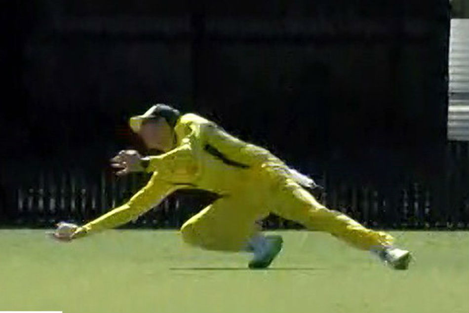 Steve Smith Stunning One Handed Catch In World Cup Warm Up