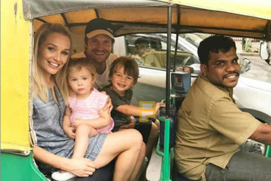 IPL 2019: Channai Super Kings Palyer Shane Watson auto ride in chennai streets with his Family