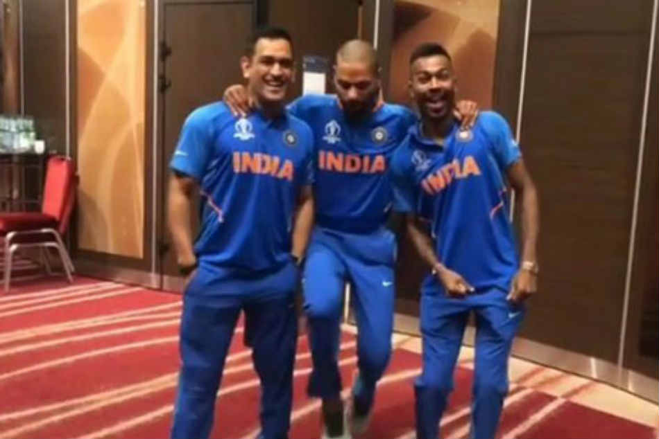 World Cup 2019 Shikhar Dhawan Trying To Match Their Speed