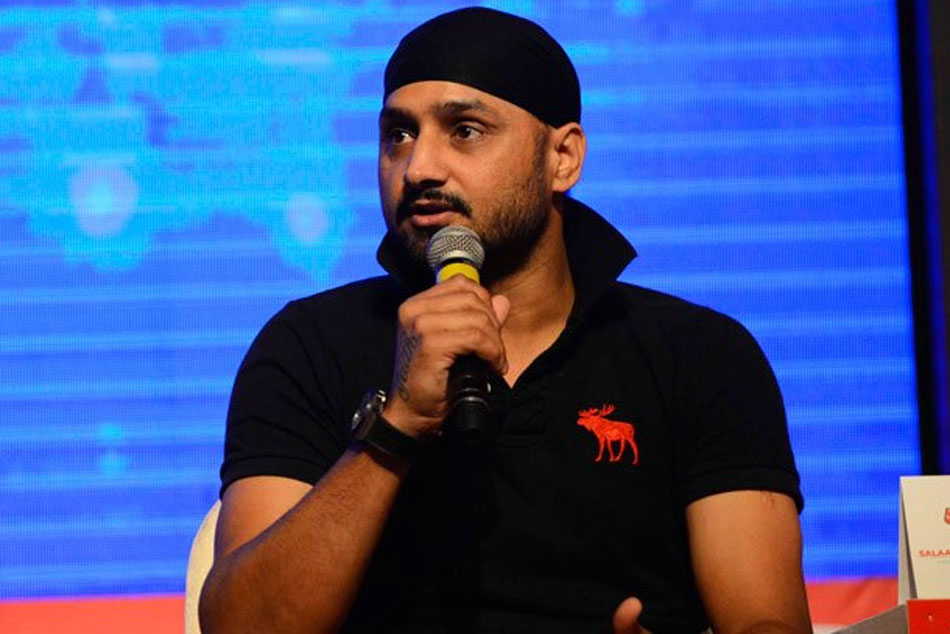 Icc World Cup 2019 Harbhajan Singh Picks His Semi Finalists