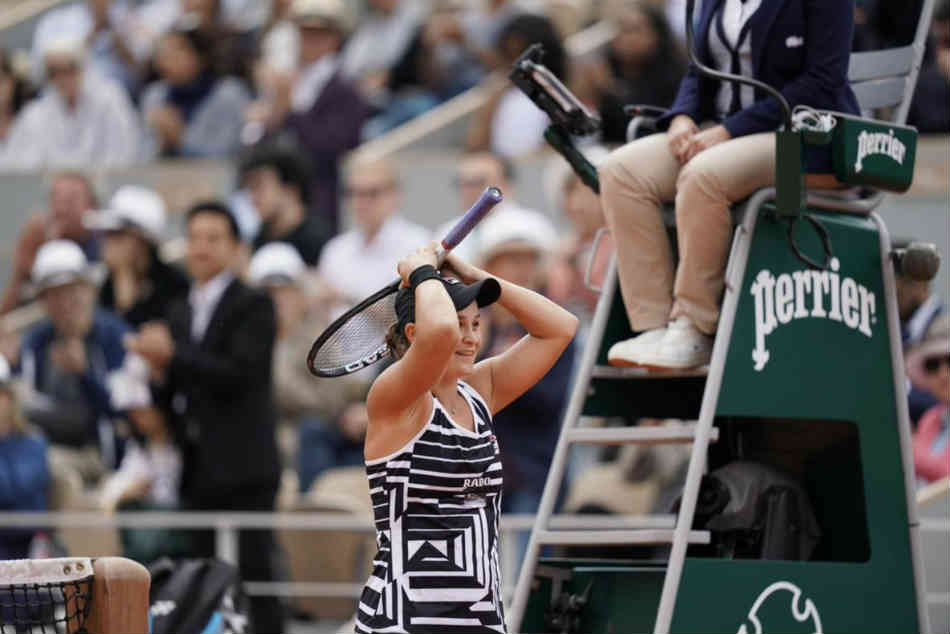 French Open 2019: Ashleigh Barty beats Marketa Vondrousova wins French Open for first Grand Slam title