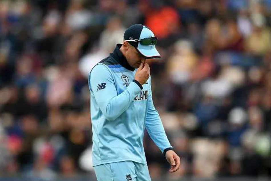 ICC World Cup 2019: Injury Scare For England as Jason Roy Leaves the Field With Hamstring Injury