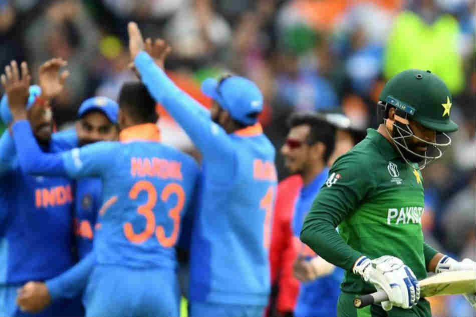 World Cup 2019: Mohammad Hafeez defends skipper Sarfaraz Ahmed for overlooking Pakistan PM Imran Khan's toss advice