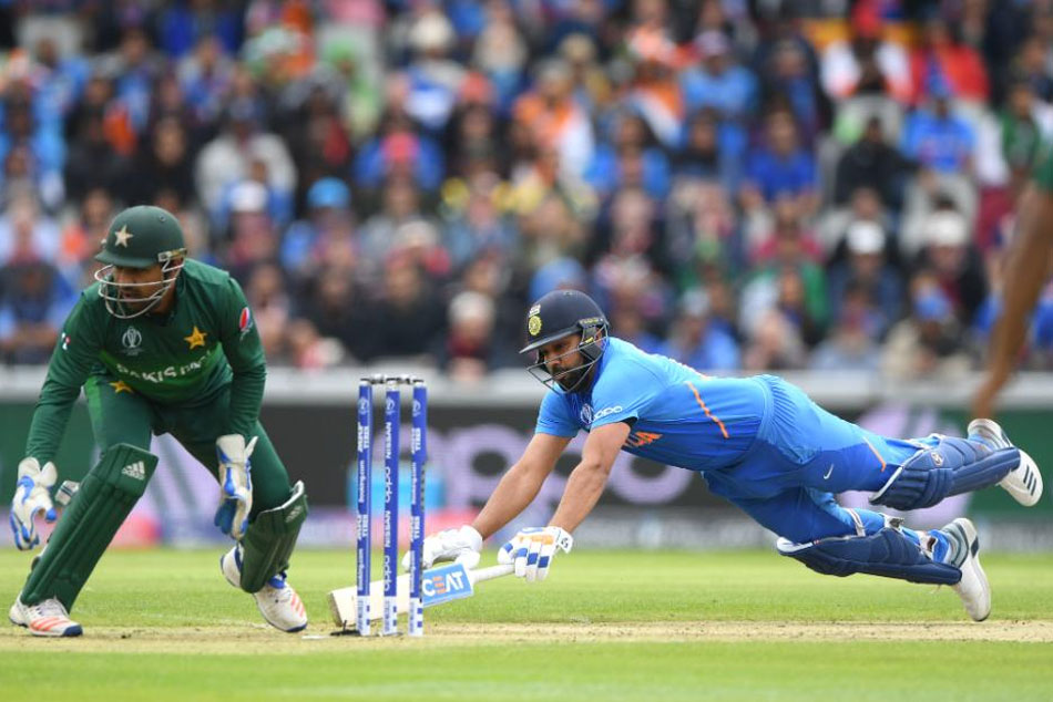 nine ODIs at Old Trafford - six have been won by the chasing team