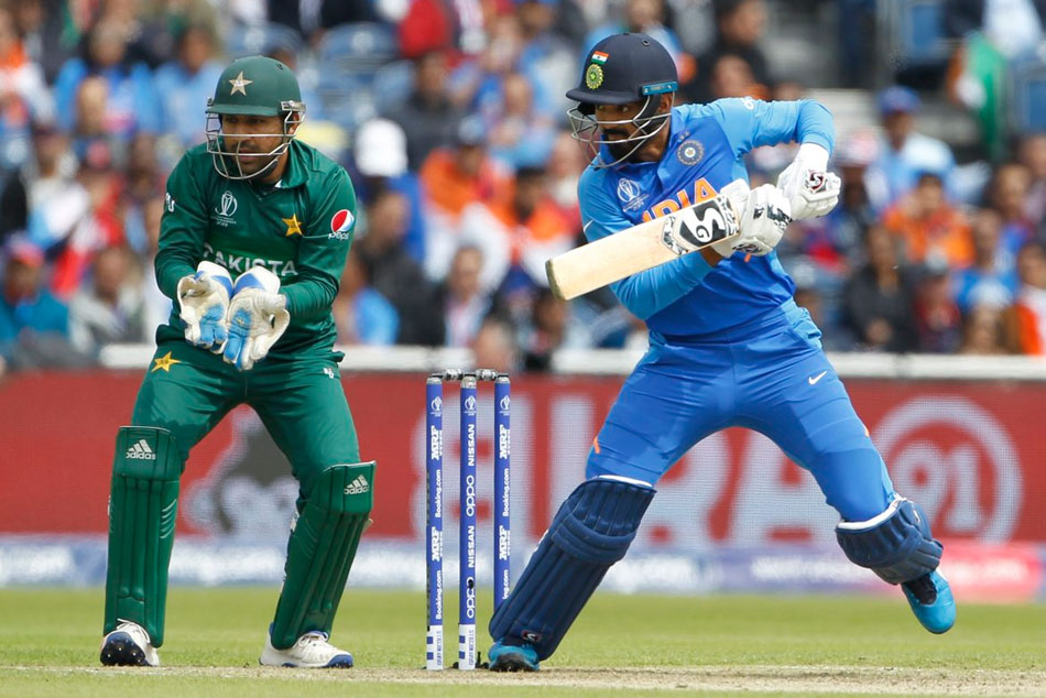 Cwc 19 India Vs Pakistan Openar Kl Rahul Falls After Fifty Virat Kohli In Crease