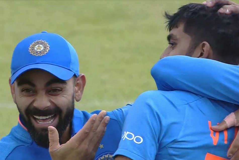 Kohlis Reaction to Vijay Shankar Picking Wicket on His First World Cup Ball is Truly Priceless