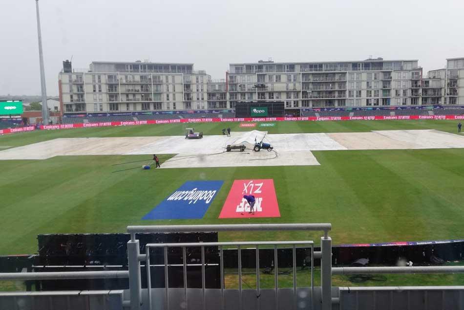 Icc Cricket World Cup 2019 Pakistan Vs Sri Lanka Live Score Heavy Rain Delays Contest