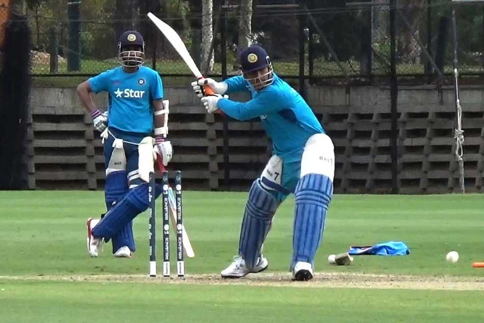 Icc Cricket World Cup 2019 Ms Dhoni Hits The Ball Out Of The Ground In Practice Session