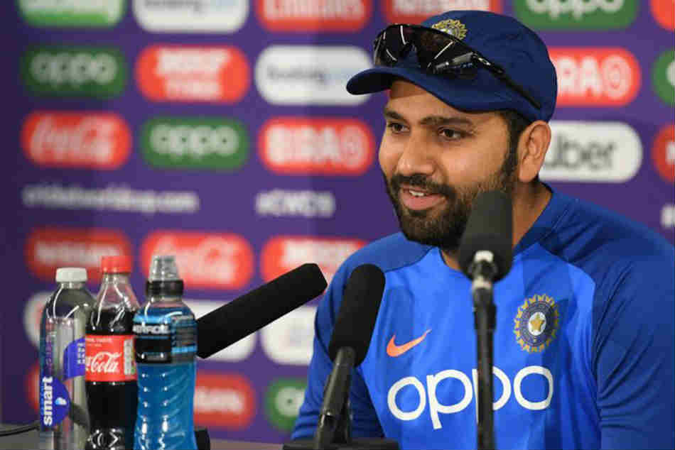 Rohit Sharma finds unique way to spend time during travel