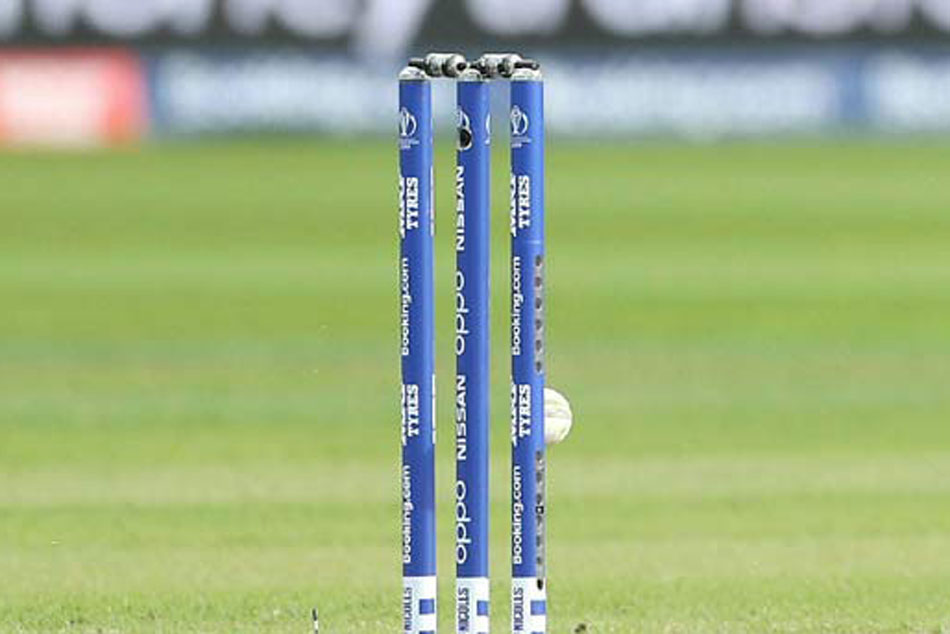 ICC World Cup 2019: ICC refuses to change LED bails mid-tournament