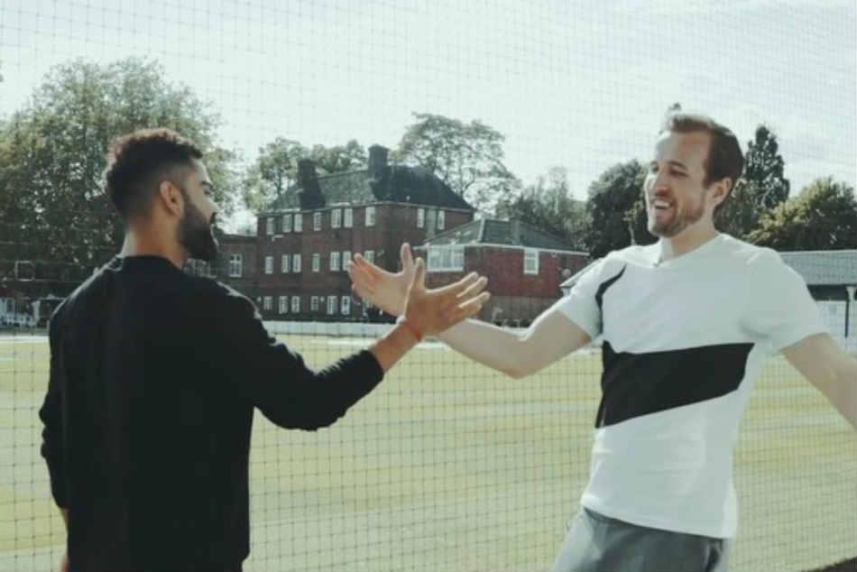 Icc Cricket World Cup 2019 England Foot Baller Harry Kane Plays