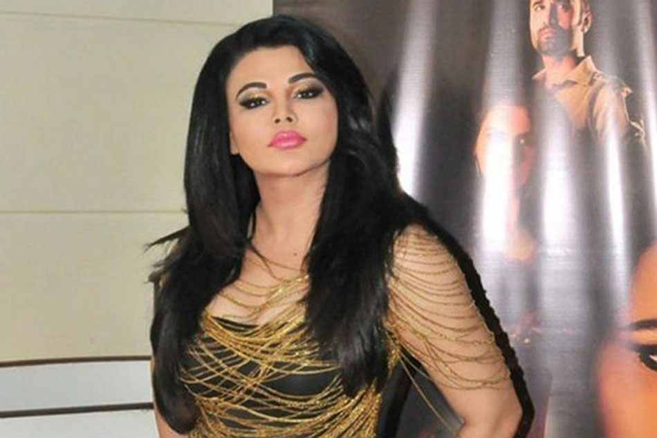 Rakhi Sawant accuses Rohit Sharma and Virat Kohli of using the World Cup as honeymoon