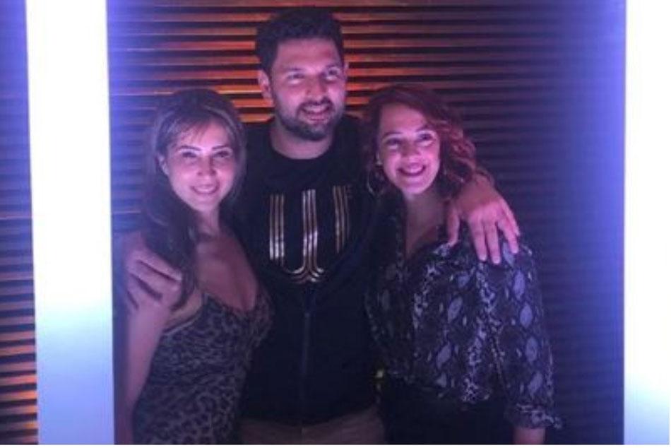 Kim Sharma Partying With Ex Boyfriend Yuvraj Singh And Wife Hazel Keech Is A Lesson