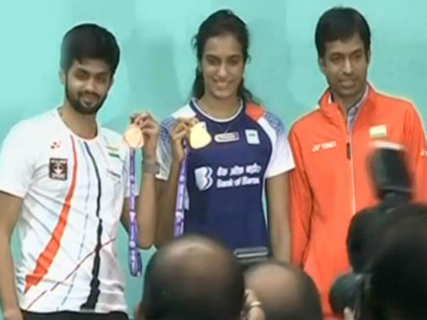 PV Sindhu reaches hyderabad