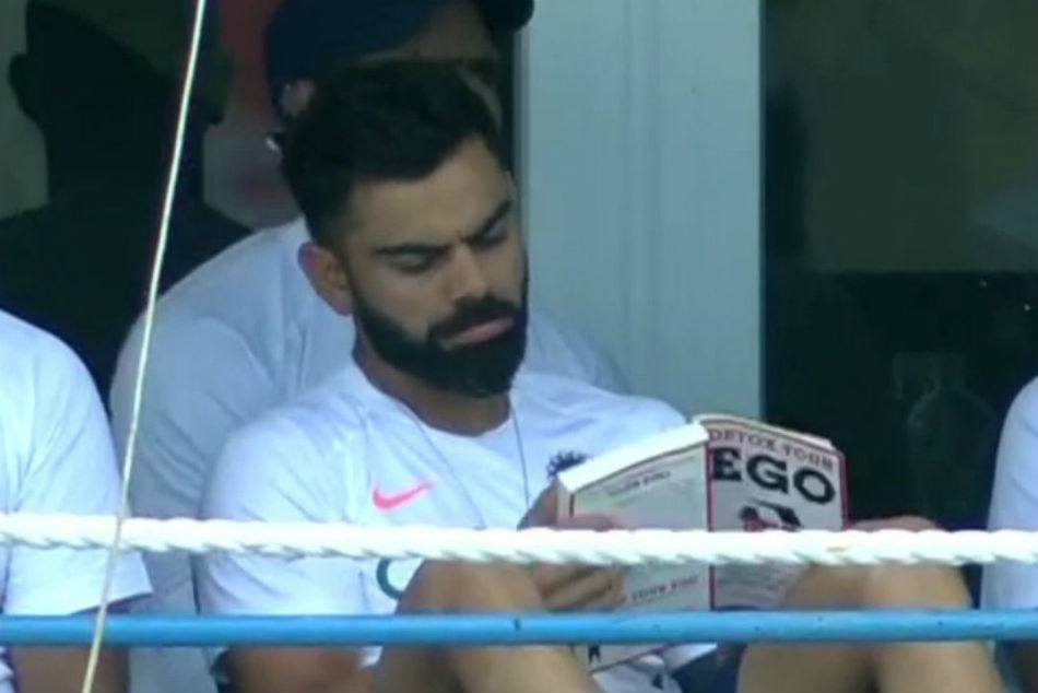 Detox Your Ego Virat Kohli S Choice Of Book Sends Twitter Into A Frenzy