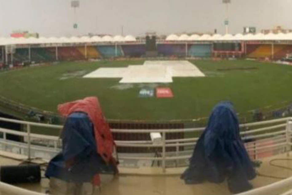 Pakistan vs Sri Lanka Live Cricket Score 1st ODI: Toss delayed due to rain