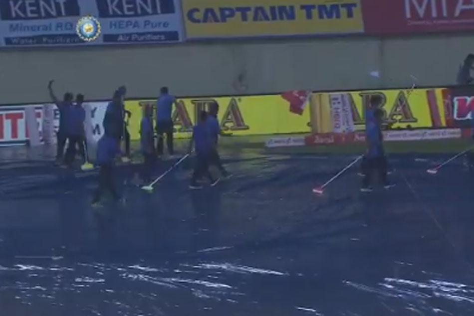 దక్షిణాఫ్రికా vs భారత్ తొలి టీ20.. టాస్కు వర్షం అంతరాయం