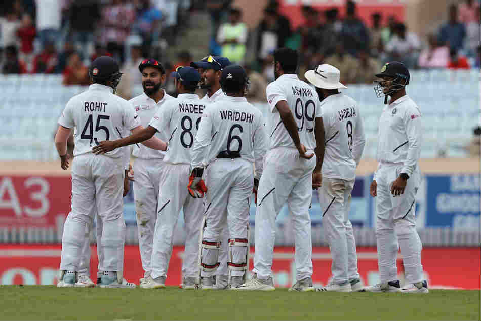 India vs South Africa Live Score 3rd Test Day 3: India enforce follow-on, South Africa trail by 335 runs
