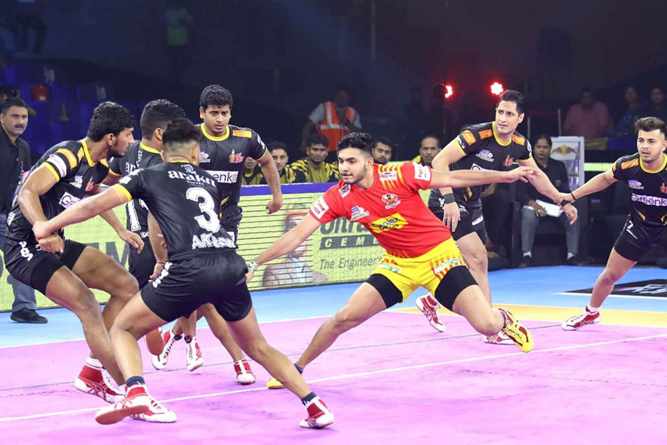 Pkl 7 Sonu Pankaj Stars As Gujarat Fortunegiants Beat Telugu Titans By 48 38