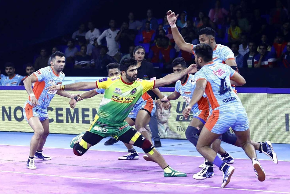 Pkl 7 Pardeep Narwal Scores 34 In Patna Pirates Big Win Over Bengal Warriors