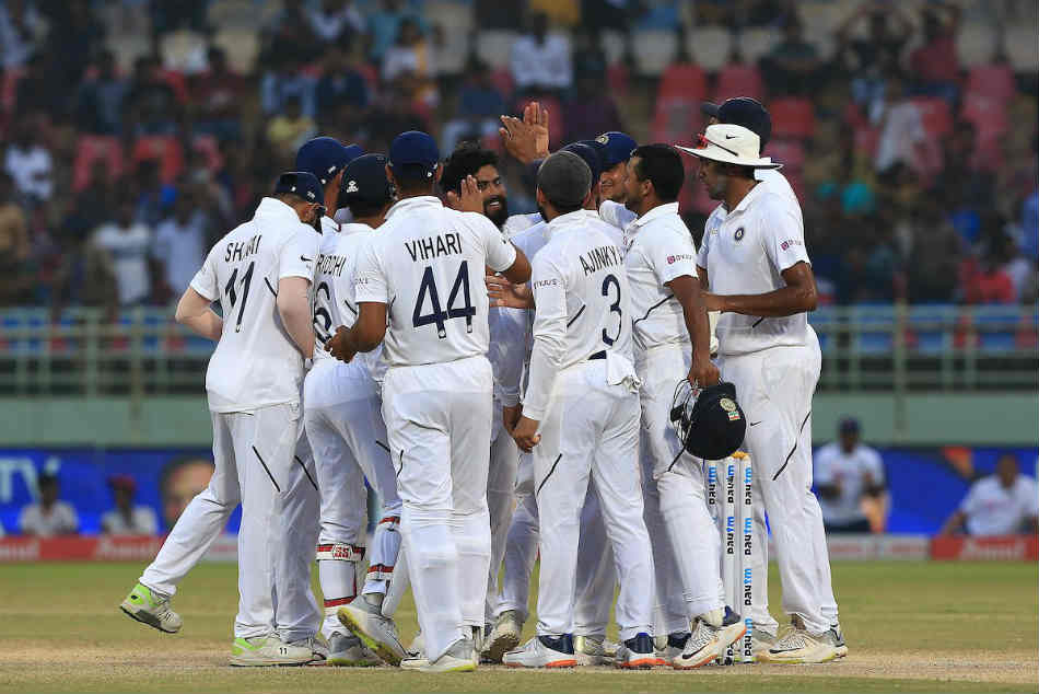 India vs South Africa 1st Test live score Day 4: South Africa need 384 runs to win, India 9 wickets away