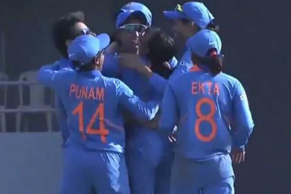 3rd ODIలో టీమిండియా విజయం: 3-0తో సిరిస్ క్లీన్ స్వీప్