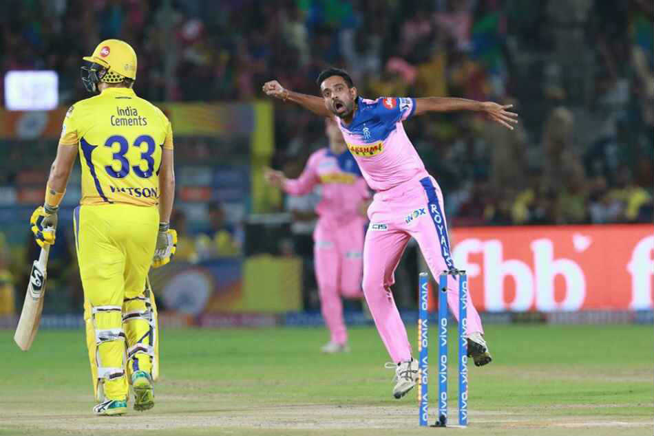 IPL 2020: ముంబైకి ధావల్ కులకర్ణి, రాజస్థాన్కు ఎవిన్ లూయిస్!
