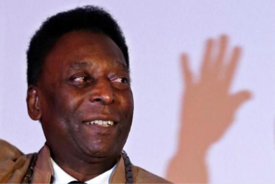 Pele's last Brazil jersey sells for more than Rs 26,00,000 in Italy