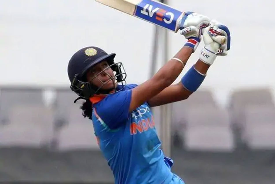 Womens T20 tri-series: Harmanpreet, bowlers star as India beat England by 5 wickets