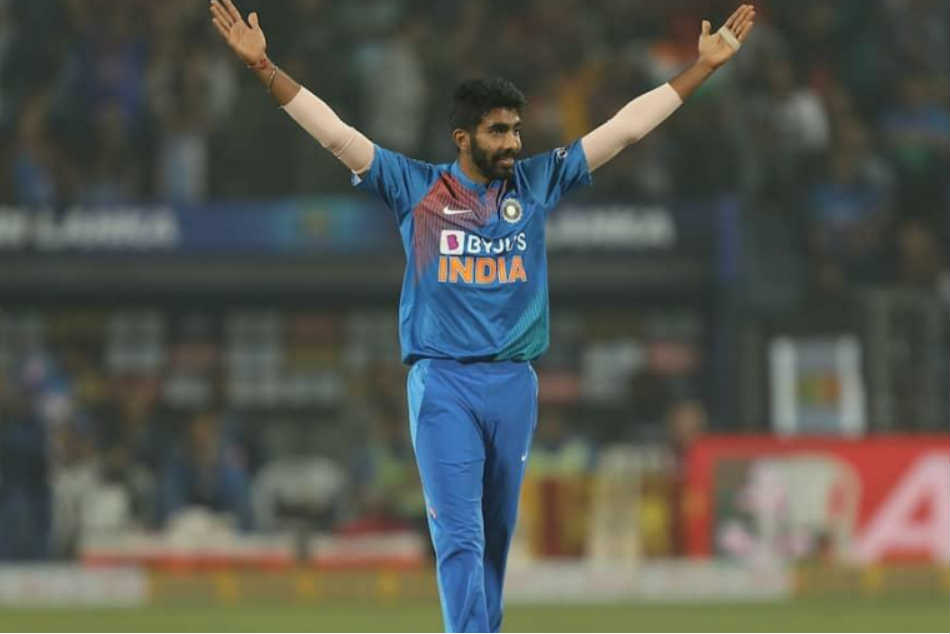India vs Australia 2nd ODI: Jasprit Bumrah bowls two consecutive maidens in first spell