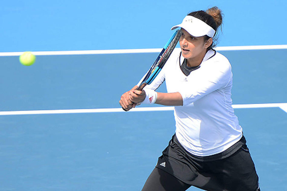 Sania Mirza retires from womens doubles 1st-round match with calf injury