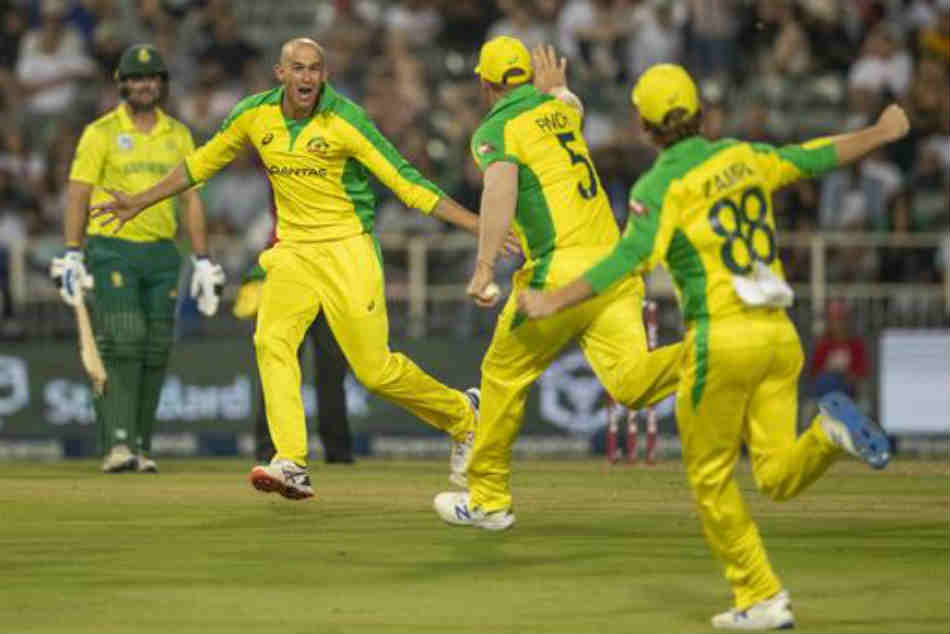 Ashton Agar thrilled with hat-trick, Australia beat South Africa