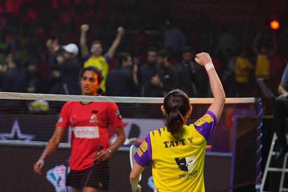 Pbl 5 Tai Tzu Ying Beats Pv Sindhu Bengaluru Raptors Thrash Hyderabad Hunters 3 0