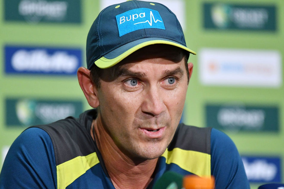 Australia coach Justin Langer Says Im sure well just keep shaking hands amid coronavirus scare