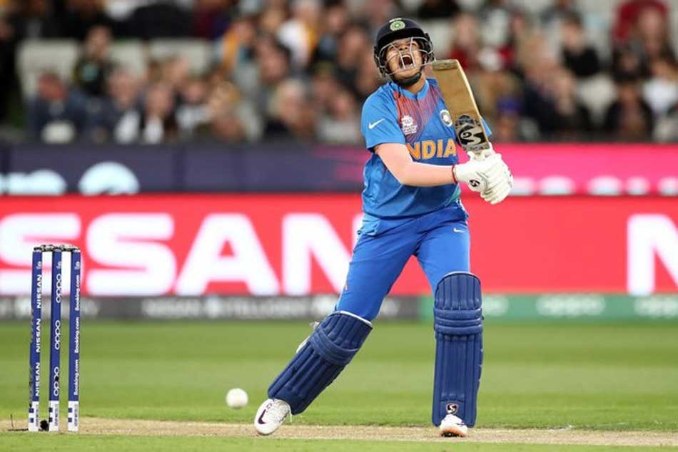 ICC Womens T20 World Cup: India crumbling under pressure in 185 chase